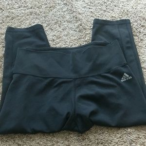 Adidas workout Capri's